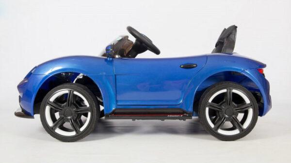 детский электромобиль Porsche Sport вид сбоку